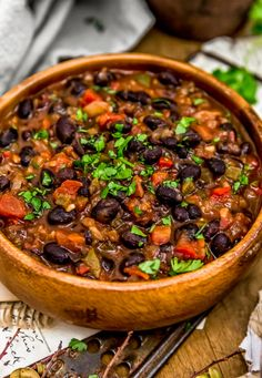 Quick, easy, and creamy, this comforting Cuban Black Beans is brimming with flavors and will wow your taste buds with the first delicious bite. Bean Recipes, Vegetarian Recipes, Healthy Recipes, Salad Recipes, Whole Food Recipes, Dinner Recipes, Cooking Recipes, Dinner Menu, Vegan