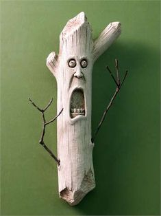 1307 Stick Man carruth sticks tree gardensculpture new available – Tik wood art Wood Carving Faces, Dremel Wood Carving, Wood Carving Patterns, Wood Carving Art, Carving Designs, Wood Carvings, Chip Carving, Tree Carving, Whittling Wood