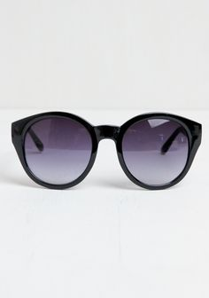 Marlo Round Sunglasses at threadsence.com