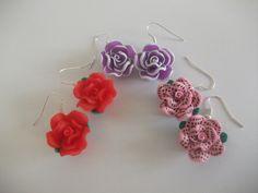 Boucles d'oreilles Fleurs fimo rouge ,rose,violet : Boucles d'oreille par lesfantaisiesdekarine