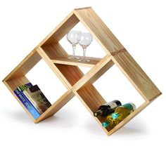 I noticed this project on Popular Woodworking and while it's a very simple woodworking projects, the finished result is great. You can use the modular unit as a wine rack, as a free-standing or wall-mounted bookshelf, for storage or as a display shelf.