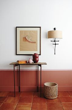 Cozy wall colors Ideas inspired by the fall - Decoration For Home Half Painted Walls, Half Walls, Color Terracota, Terracotta Floor, Terracotta Paint Color, Trending Paint Colors, Interior Styling, Interior Design, Room Interior