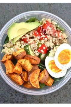 This salad is packed full of goodness with spinach, kale, quinoa, sweet potato, boiled eggs and avocado all in one handy pot. It's so good for you and sure to make you fuller for longer. | tall blonde and dreaming.