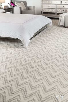 30 Bedrooms area Rugs Ideas | Home Decor Trends Bedrooms area Rugs Ideas Chevron Patterned Carpet Gray & Cream<br> Bedrooms area Rugs Ideas. 30 Bedrooms area Rugs Ideas. 5 Ideas to Choose the Perfect Bedroom area Rug with Images Guest Bedroom Decor, Apartment Bedroom Decor, Master Bedroom Design, Bedroom Furniture, Bedroom Ideas, Bedroom Inspiration, Furniture Ideas, Cream Carpet Bedroom, Cream Bedrooms