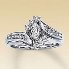 Kay Jewlers Engagement Ring set with wedding band!!!  My absolute favorite ring!