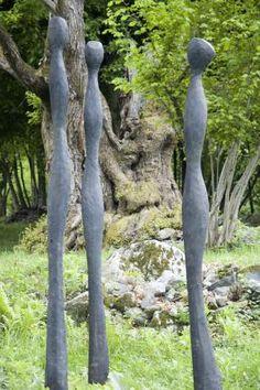 skulpturen aus holz für den garten - google-suche   holzstelen, Garten und Bauen