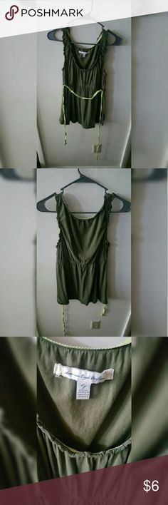 American Eagle Green Tank Elastic cinches the waist, the light green belt is removable. Light and casual. American Eagle Outfitters Tops Tank Tops