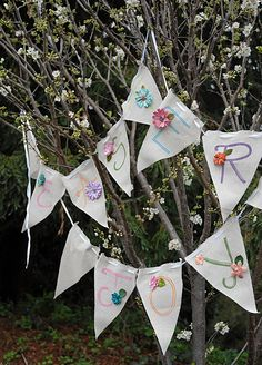 String of 12 Natural Linen Pennants 15ft