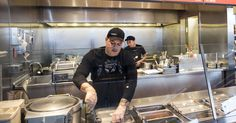 Chipotle closed until 3 p.m. Monday for food safety staff meeting #Business_ #iNewsPhoto