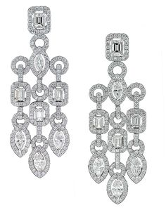 Victoria Silvstedt paired her diamond Avakian necklace with these diamond chandelier earrings, also by Avakian.