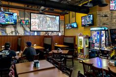 Come to our Seabridge location for the food, stay for the 49 TVs! #PizzaManDans www.pizzamandans.com/locations