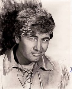 """Fess Parker (1924 - 2010)  didn't every boy have a """"coon skin cap""""?"""