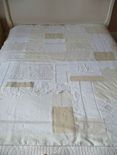 Patchwork vintage linen quilt - old napkins or any other heirloom material can be used. This is an awesome idea. Love, love, love it!!!!
