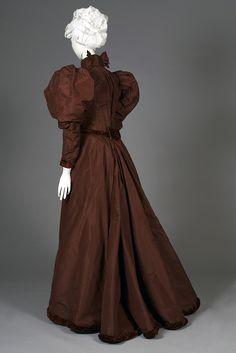 Brown taffeta day dress possibly worn as a wedding dress, American, 1890s, KSUM 2003.18.1 a-d.