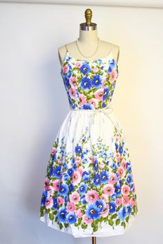 Vintage 50s 60s Floral Dress - I want to dress like this. It'd make me more of a Southern gal. I'm not rich enough to be a belle, but I could be a quite the lady. :P