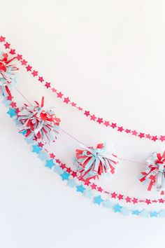 Fourth of July garland DIY