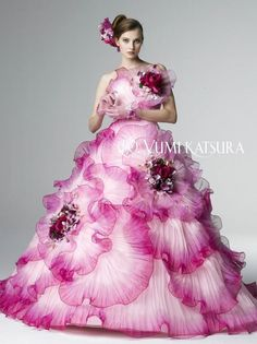 Yumi Katsura Haute-Couture осень-зима I think this is more purple than pink, but i had to pin this Wedding Dress Patterns, Pink Wedding Dresses, Flower Dresses, Wedding Gowns, Prom Dresses, Beautiful Costumes, Beautiful Dresses, Nice Dresses, Moda Lolita