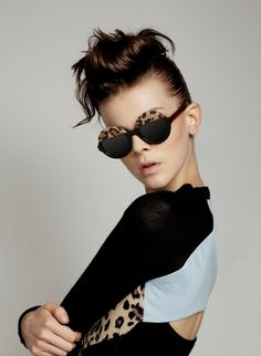 Paint leopard spots over the top of your sunglasses via @Queen Marie
