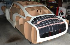 Ivan Sentch is printing a full sized, 1961 Aston Martin DB4replica with hisSolidoodle 3D printer. According to the Aukland man'sblog, he ...
