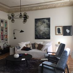Home in Warsaw by Mood Works Karina Snuszka Dorota Kuć Mood Words, Warsaw, Gallery Wall, Interior, Home Decor, Decoration Home, Indoor, Room Decor, Interiors