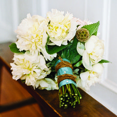 southern charm wedding ideas with burlap   ... bridal hue comes to life in these beautiful white wedding bouquets