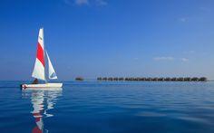 Sailing in Maldives wallpaper