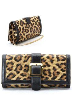 (http://jboshandbags.com/leopard-print-clutch/)