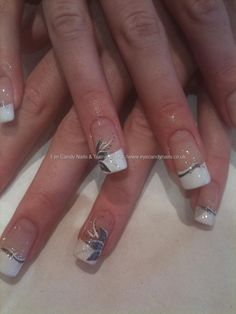 French tips with nail art