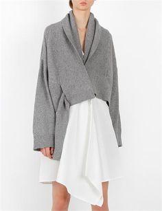 ΡΥΖΟΓΑΛΟ —- Good drape to the sweater & love how fastens & falls - minus the skirt