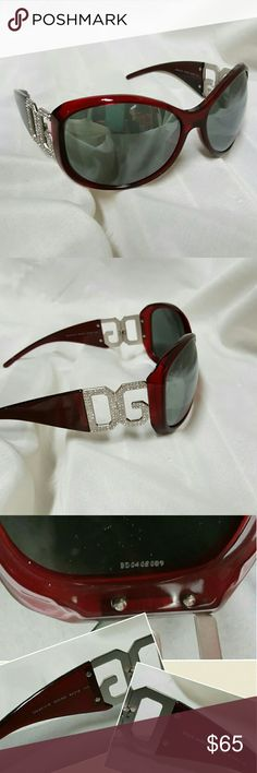 08416265320 Like New Dolce  amp  Gabbana Sunglasses Like new (never worn besides trying  on)