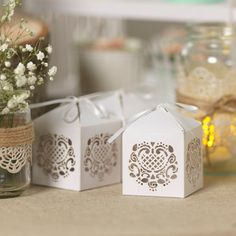 just do lace stamp on side of box. Christmas Wedding Centerpieces, Wedding Table Centerpieces, Edible Wedding Favors, Party Favors, Centrepiece Ideas, Favour Boxes, Cake Decorating Supplies, White Lace, Decorative Boxes