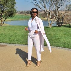 Look Kefilwe Mabote Work Fashion, Fashion Beauty, Fashion Outfits, Womens Fashion, Fashion Trends, Style Fashion, Classy Outfits, Cute Outfits, Professional Attire