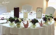 stół pary młodej w pałacu Obory