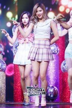 Sana and Mina 💜❤️ School Uniform Outfits, Stage Outfits, Kpop Outfits, Girl Outfits, Kpop Girl Groups, Korean Girl Groups, Kpop Girls, U Go Girl, The Girl Who