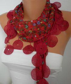 64218dc43b5a Les 42 meilleures images du tableau scarves and shawls sur Pinterest ...