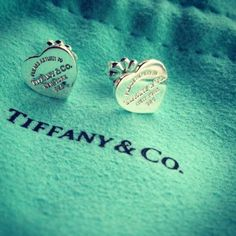 Tiffany and co earrings. have these, love them<3 #supercute