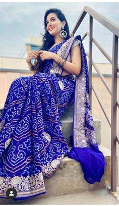 Beautiful Dresses, Kimono Top, Sari, Poses, Indian Sarees, Jackets, Outfits, Fashion, Saree