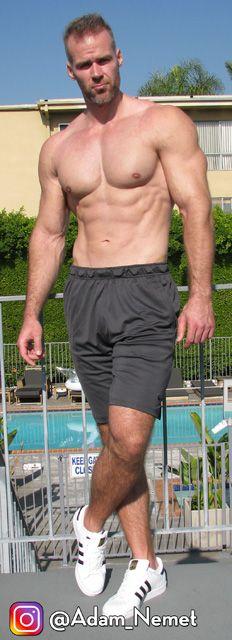 Tall Guys, Athlete, Bodybuilding, Handsome, Actors, Swimwear, Men, Fashion, Bathing Suits