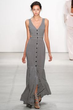 Marissa Webb Spring 2017 New York Fashion Week Fashion Week, Fashion 2017, Runway Fashion, High Fashion, Fashion Show, Fashion Design, Spring Summer Fashion, Spring Outfits, Spring Clothes