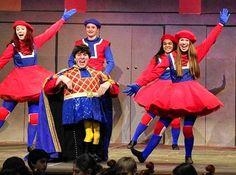 shrek the dulocs Shrek Kostüm, Lord Farquaad Costume, Party Themes, Party Ideas, Harajuku, Musicals, Costumes, Bridal, Dancers