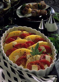 Unser beliebtes Rezept für Tomaten-Kartoffel-Gratin zum Fleisch-Spieß und mehr als 55.000 weitere kostenlose Rezepte auf LECKER.de.