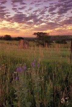 Sunset view from the Flint Hills Scenic Byway on K-177 between Cottonwood Falls and Cassoday.