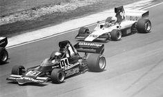 (91) Jon Woodner - Lola T400 [HU10] Chevrolet V8 - Interscope Racing/Bell Electric - (96) Steve Durst - Lola T332 [HU39] Chevrolet V8 - M. Brockman/Levitt Racing - Labatt's Blue 5000 - Mosport Park - 1975 SCCA/USAC F5000 Championship, round 2