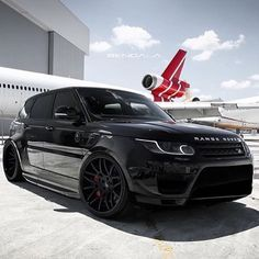 Blacked out Range Dream Cars, My Dream Car, Dream Life, Range Rover Black, Range Rover Sport, Range Rovers, Luxury Boat, Luxury Cars, Luxury Hotels