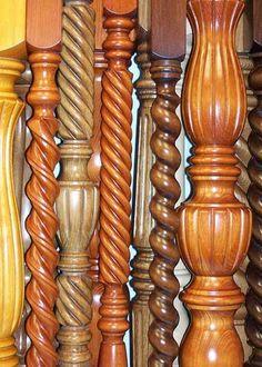 Wooden Columns, Wooden Doors, Staircase Railing Design, Molduras Vintage, Wood Furniture Legs, Pillar Design, House Ceiling Design, Painted Coffee Tables, Home Bar Designs