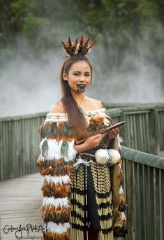 Maori Wahine love the crown! and cloak #maoritattooswomen