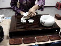 De Chinese theeceremonie http://lovefortea.wordpress.com/2014/05/17/de-chinese-theeceremonie/
