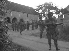 Sainte-Côme-du-Mont était la ville occupée par le QG de l'Oberst von der Heydt, prise et occupé par les paras de la 101st Airborne Division.