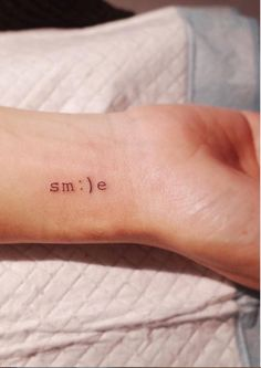 24 Meaningful Tattoo Quotes Ideas to Inspire When it comes to. - 24 Meaningful Tattoo Quotes Ideas to Inspire When it comes to tattoo designs, th - Tattoo Girls, Tiny Tattoos For Girls, Cute Tiny Tattoos, Pretty Tattoos, Awesome Tattoos, Cool Small Tattoos, Small Tattoos On Hand, White Girl Tattoo, Tiny Tattoos With Meaning
