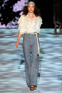 Badgley Mischka Spring 2011 Ready-to-Wear Collection Slideshow on Style.com